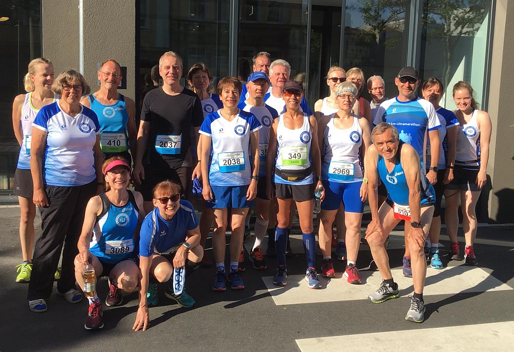 Erfolgreiche RLT-Vereinsreise zum Metropolmarathon Fürth